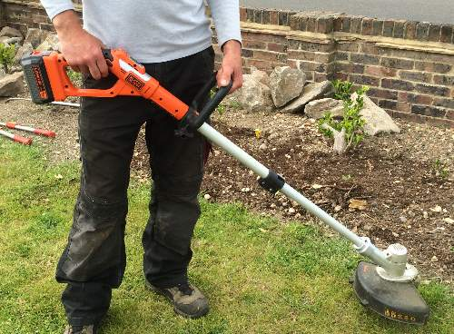 Cordless Grass trimmers tested and reviewed by Fred In The Shed