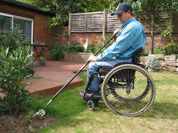 Garden tools for wheelchair uers for Gardening tools for disabled