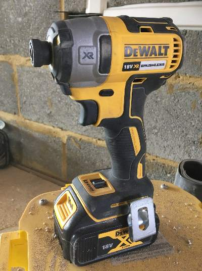 Using wallplugs and hole drilling advice from Fred In The Shed
