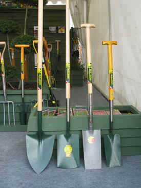 Bulldog garden tools tested and reviewed by fred in the shed for Gardening tools ireland