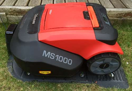 Robot mowers tested and reviewed by Fred In The Shed